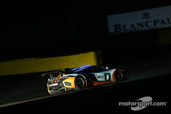 #9 Gulf Racing McLaren MP4-12C: Mike Wainwright, Andy Meyrick, Stuart Hall, Tim Mullen