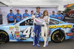 Polesitter Jimmie Johnson, Hendrick Motorsports Chevrolet