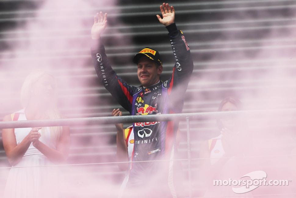 http://cdn-7.motorsport.com/static/img/mgl/1600000/1600000/1606000/1606200/1606207/s1_1.jpg