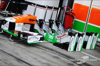 Sahara Force India F1 VJM06 nosecone  and front wings