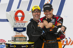 Race winner Matt Kenseth, Joe Gibbs Racing Toyota and J.D. Gibbs