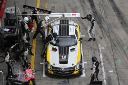 #18 Black Falcon, Mercedes-Benz SLS AMG GT3: Klaas Hummel, Steve Jans, Adam Christodoulou