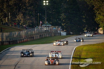 #25 8Star Motorsports Oreca FLM09 Oreca: Oswaldo Negri, Sean Rayhall leads a group of cars