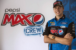 Chaz Mostert signs with Ford Performance Racing
