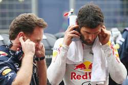 Mark Webber, Red Bull Racing with Christian Horner, Red Bull Racing Team Principal on the grid