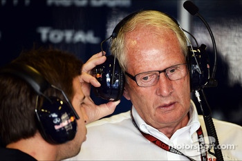 (L to R): Antonio Felix da Costa, Red Bull Racing Test Driver with Dr Helmut Marko, Red Bull Motorsport Consultant
