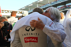 Sebastian Vettel, Red Bull Racing with Bernie Ecclestone, CEO Formula One Group, on the grid