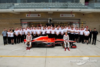 (L to R): Jules Bianchi, Marussia F1 Team and Max Chilton, Marussia F1 Team at a team photograph