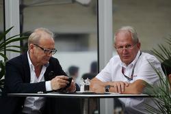 Dr Helmut Marko, Red Bull Motorsport Consultant (Right)