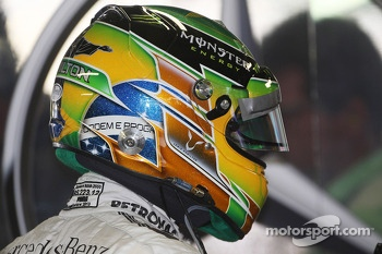 The helmet of Lewis Hamilton, Mercedes AMG F1. - www.xpbimages.com, EMail: requests@xpbimages.com - copy of publication required for printed pictures. Every used picture is fee-liable. © Copyright: Photo4 / XPB Images