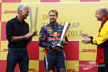 Sebastian Vettel, Red Bull Racing receives his DHL fastest lap award