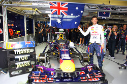 Mark Webber, Red Bull Racing RB9 celebrates his last GP in the pits
