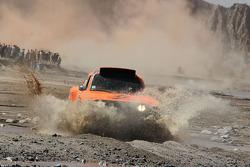 #305 Hummer: Robby Gordon, Kellon Walch