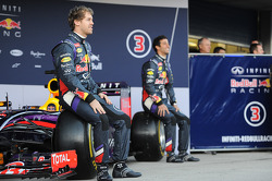 (L to R): Sebastian Vettel, Red Bull Racing and team mate Daniel Ricciardo, Red Bull Racing at the unveiling of the Red Bull Racing RB10