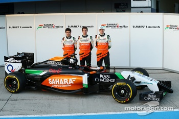 (L to R): Sergio Perez, Sahara Force India F1 with Daniel Juncadella, Sahara Force India F1 Team Test and Reserve Driver and Nico Hulkenberg, Sahara Force India F1 at the launch of the Sahara Force India F1 VJM07