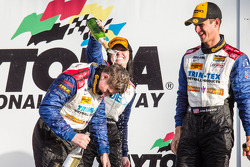 IMSA: GS podium: champagne for Shelby Blackstock, Ashley Freiberg and John Edwards