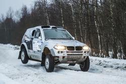 Andrey Dmitriev and Vladimir Demyanenko, BMW X3