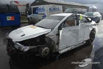 AIden Moffats wrecked car after crashing at high speed