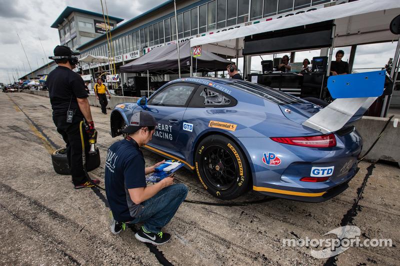 23 Team Seattle Alex Job Racing Porsche 911 Gt America