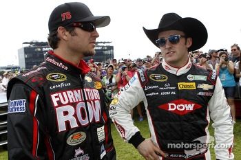 Martin Truex Jr., Furniture Row Racing Chevrolet and Austin Dillon, Richard Childress Racing Chevrolet