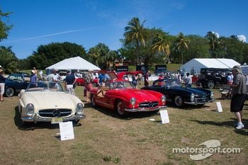A trio of Mercedes-Benz 300SL's