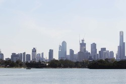 F1: Melbourne skyline