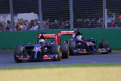Jean-Eric Vergne, Scuderia Toro Rosso  and Daniil Kvyat, Scuderia Toro Rosso  16
