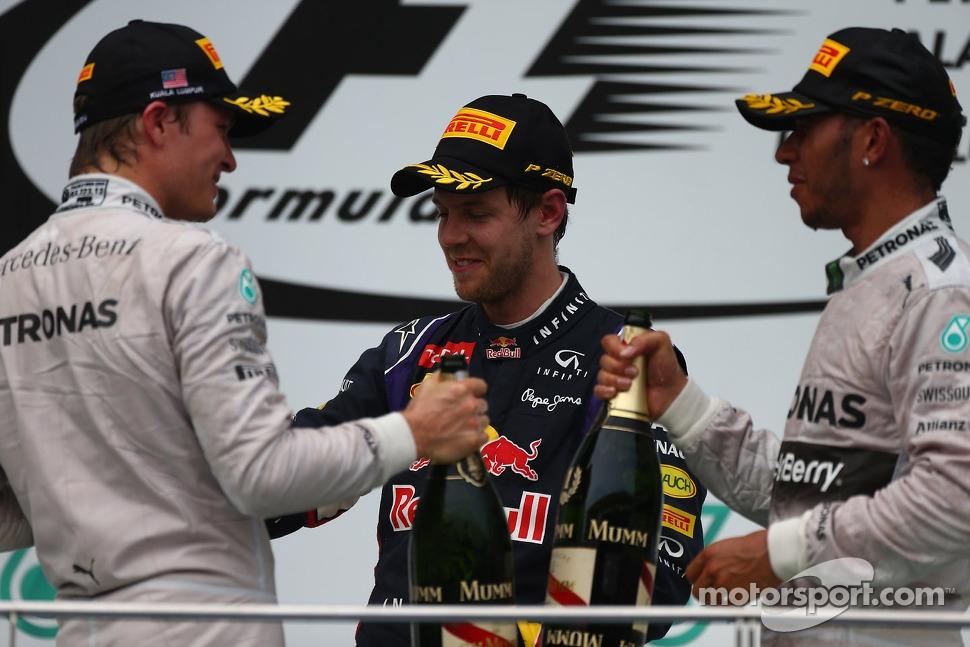 Nico Rosberg, Mercedes AMG F1 with Sebastian Vettel, Red Bull Racing and Lewis Hamilton, Mercedes AMG F1