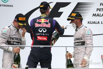 Nico Rosberg, Mercedes AMG F1 Team, Lewis Hamilton, Mercedes AMG F1 Team and Sebastian Vettel, Red Bull Racing