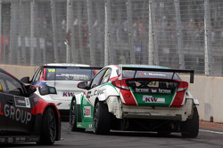 Crash, Tiago Monteiro, Honda Civic WTCC, Castrol Honda WTC Team
