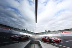 #61 AF Corse Ferrari 458 Italia: Luis Perez Companc, Marco Cioci, Mirko Venturi