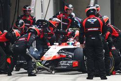 Max Chilton, Marussia F1 Team MR03 makes a pit stop