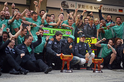 Race winner Lewis Hamilton, Mercedes AMG F1 celebrates team mate Nico Rosberg, Mercedes AMG F1, Toto Wolff, Mercedes AMG F1 Shareholder and Executive Director and the team