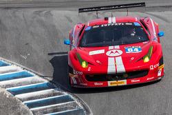 #64 Scuderia Corsa Ferrari 458 Italia: Stefan Johansson, Kyle Marcelli