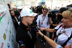Nico Hulkenberg, Sahara Force India F1 with Rachel Brookes, Sky Sports F1 Reporter and the media
