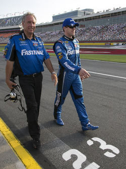 NASCAR-CUP: Jimmy Fennig and Carl Edwards, Roush Fenway Racing Ford