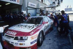 1996 #23 Nissan Skyline GT-R: Toshio Suzuki, Kazuyoshi Hoshino, Masahiro Hasemi