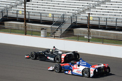 Oriol Servia, Rahal Letterman Lanigan Racing Honda and Takuma Sato, A.J. Foyt Enterprises Honda