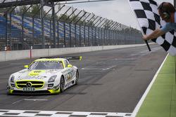 #26 H.T.P. Motorsport Mercedes-Benz SLS AMG GT3: Maximilian Götz, Maximilian Buhk takes the win