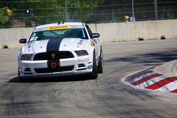 #87 DWW Motorsports Ford Mustang: Chris Outzen