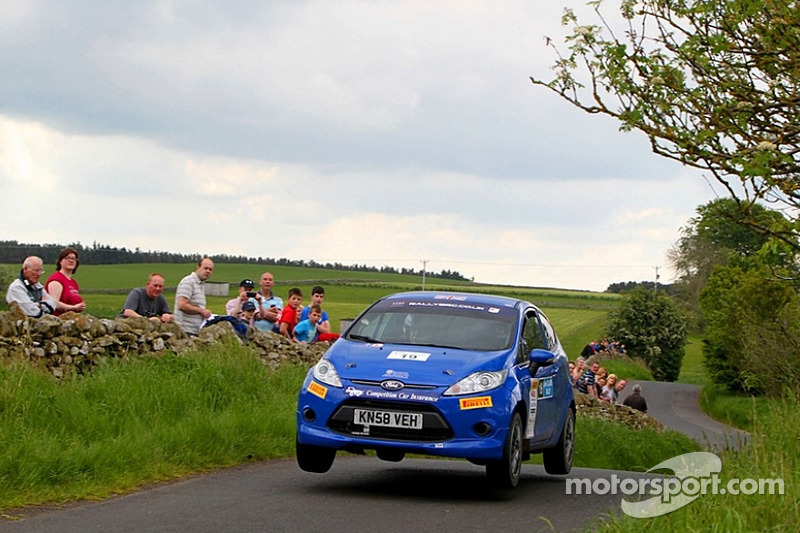 Cameron Davies and Phil Hall, Ford Fiesta R2