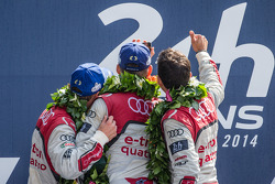 LMP1-H podium: class and overall winners Marcel Fässler, Andre Lotterer, Benoit Tréluyer takes a now traditional selfie