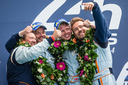 LMGTE Am podium: selfie for class winners Kristian Poulsen, David Heinemeier Hansson, Nicki Thiim