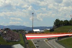 Race atmosphere