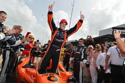 INDYCAR: Simon Pagenaud, Schmidt Peterson Hamilton Motorsports Honda celebrates