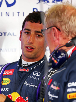 Daniel Ricciardo, Red Bull Racing with Dr Helmut Marko, Red Bull Motorsport Consultant