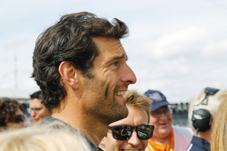 Mark Webber watches the podium