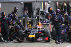 Sebastian Vettel, Red Bull Racing during pitstop