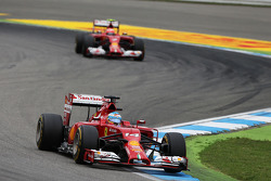 F1: Fernando Alonso, Ferrari F14-T leads Kimi Raikkonen, Ferrari F14-T