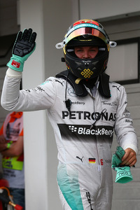 Pole for Nico Rosberg, Mercedes AMG F1 W05